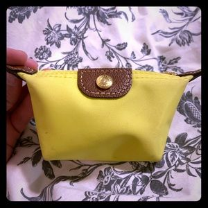 Longchamp EUC coinpurse yellow bought in FRANCE